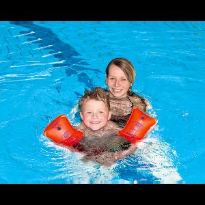 Mach den Schwimmflügel Test bei Sport-Thieme