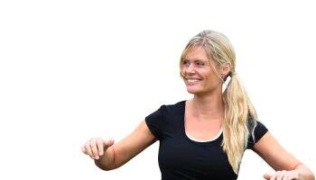 Hullern: Tipps und Tricks für Übungen mit dem Fitnessreifen