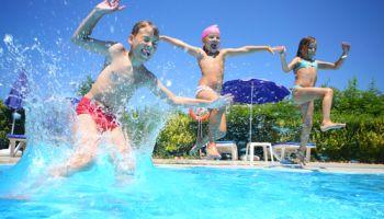 Spiele für das Schwimmbad – Unsere Spielehits fürs Freibad!