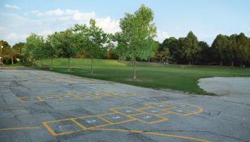 Unsere Top 5 Spielplatzgeräte für euren Schulhof