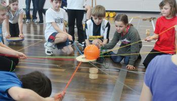 Teamspiele - Mit Spaß Sozialkompetenzen fördern