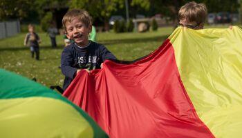 Outdoor-Spiele: Freude an Bewegung und aktiver Freizeit vermitteln