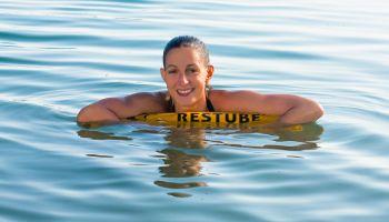 Die passende Rettungsboje für jede Wassersportart
