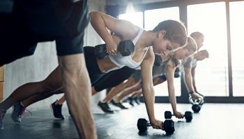 Hanteln - Die Klassiker in Fitnessstudio und Therapie