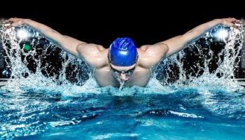 Was muss man für das Schwimmabzeichen machen?