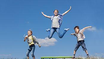 Bewegungsspiele: Das Fit-Programm für Kinder