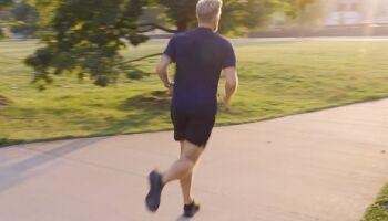 Lauftechnik verbessern: 12 Übungen für Läufer
