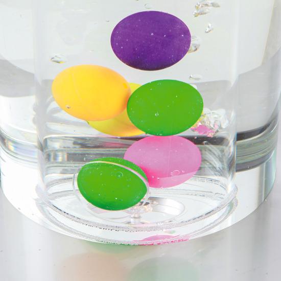 Fritstående Boblesøjle med små bolde