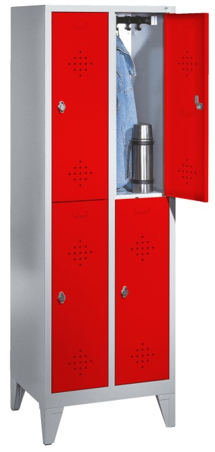 """S 2000 Classic"" Double Lockers with 150-mm-high Feet 185x61x50 cm / 4 shelves, 300 mm"