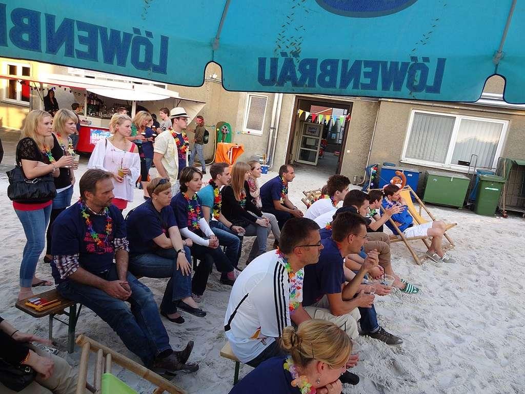 Mallorcaparty 2012: Sport-Thieme schaut EM Viertelfinale auf Großleinwand live