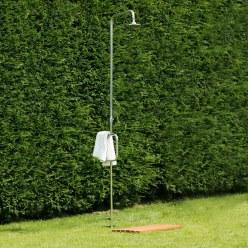 Kaltwasser gartendusche ibiza st ck sport thieme for Gartendusche bodenplatte